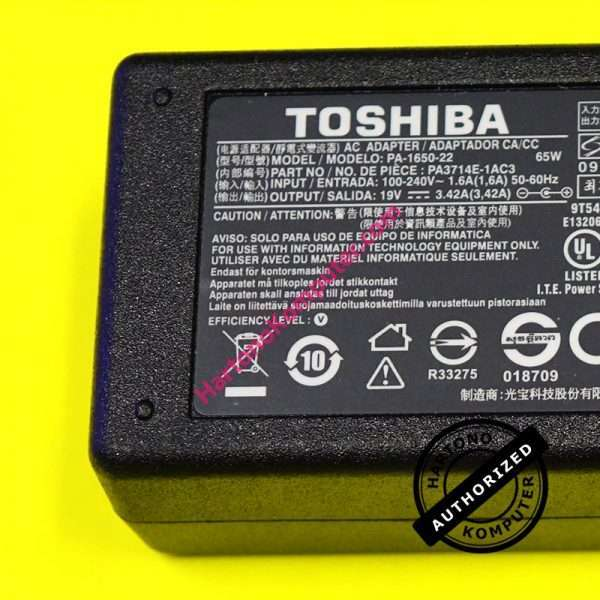 Charger Toshiba 19V 3.42A - Replacement-405